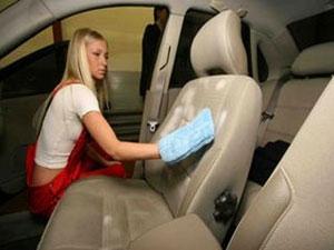 На что нужно обратить внимание при чистке салона автомобиля